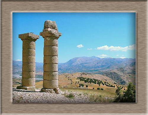 Karakus Tumulus. Mount Nemrut in distance. Photo by Ferrell Jenkins.