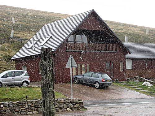 Snow in the area of Balmoral. Sept. 17, 2007. Photo by Ferrell Jenkins.
