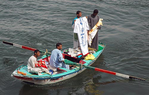 Nubian peddlers on the Nile River at Edfu. Photo by Ferrell Jenkins.