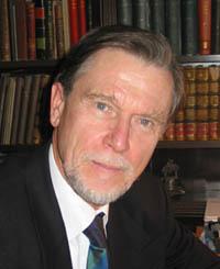 Prof. Dr. Manfred Bietak.