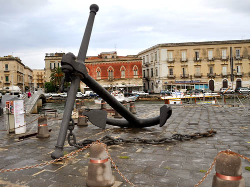 A large anchor at the Grand Harbor of Syracuse. Photo by Ferrell Jenkins.