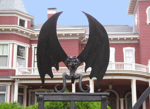 Stephen King House in Bangor, Maine | Ferrell's Travel Blog