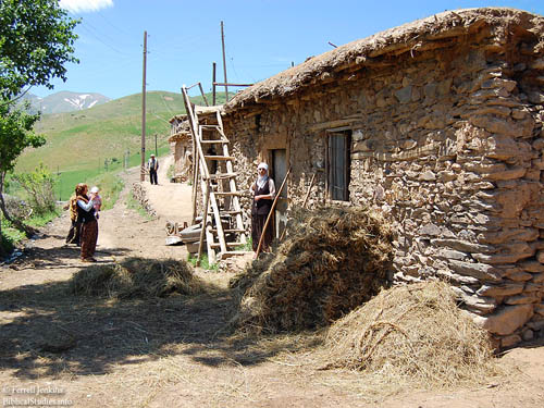 House between Van and Batman in Eastern Turkey. Photo by Ferrell Jenkins.