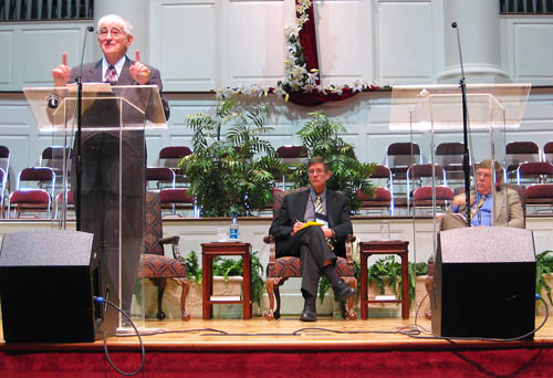 Crossan speaks while Witherington (R) waits his turn. Photo by Ferrell Jenkins.