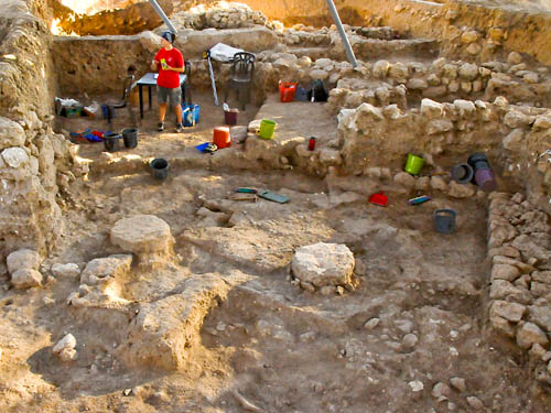 Tell es-Safi/Gath Philistine temple with pillar bases. Photo: Bar Ilan U.