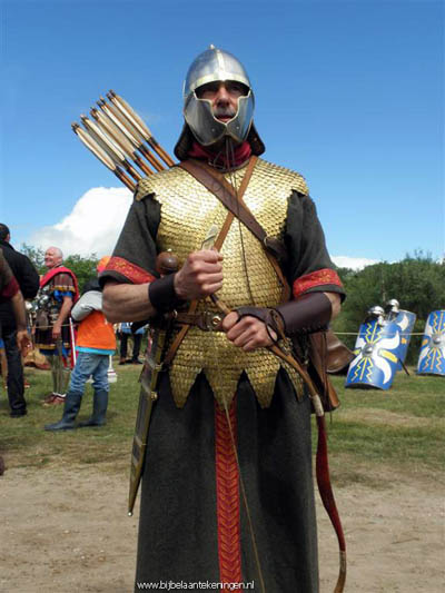 Persian archer dressed as at the time of the Seleucids. Photo: JP van de Giessen.