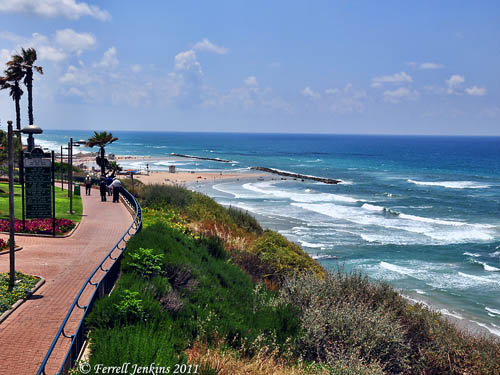 The Mediterranean Sea from the kurkar ridge at Netanya, Israel. Photo by Ferrell Jenkins.