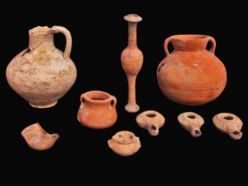 Second Temple (Hasmonean Period) vessels. IAA photo by Vladimir Naykhin.