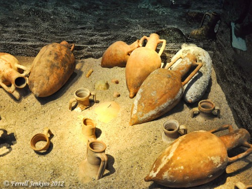 Amphorae used for transporting goods. Photo by Ferrell Jenkins.