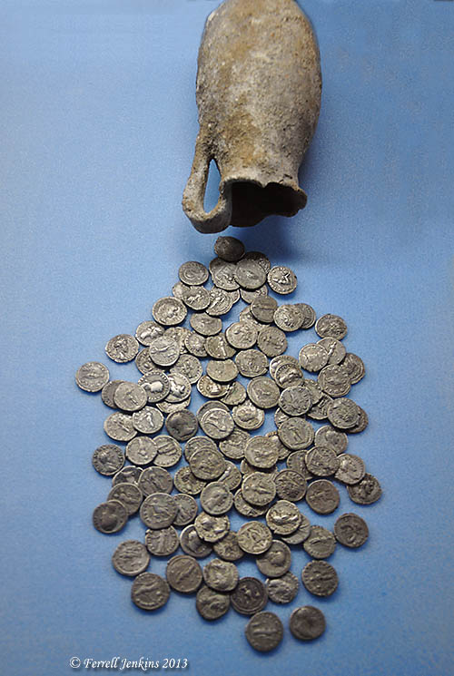 Hoard of Roman coins displayed in Samsun Archaeological Museum. Photo by Ferrell Jenkins.