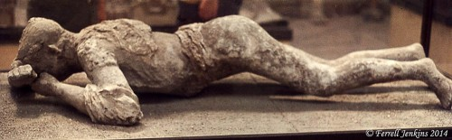 Cast of a man who DT IED at Pompeii in A.D. 79. Photo by Ferrell Jenkins.