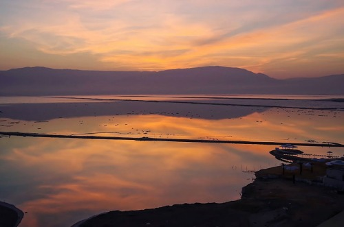 Sunrise on the Dead Sea from Ein Bokek. Photo by Mark Vitalis Hoffman.