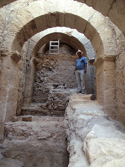 Photo of unique palace entry complex discovered at Herodian Hilltop Palace by Hebrew University archaeologists. (Credit: The Herodium Expedition at the Hebrew University of Jerusalem)