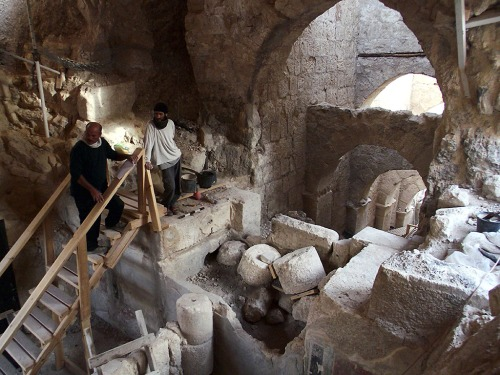 Photo of unique palace entry complex discovered at Herodian Hilltop Palace by Hebrew University archaeologists. Credit: The Herodium Expedition at the Hebrew University of Jerusalem