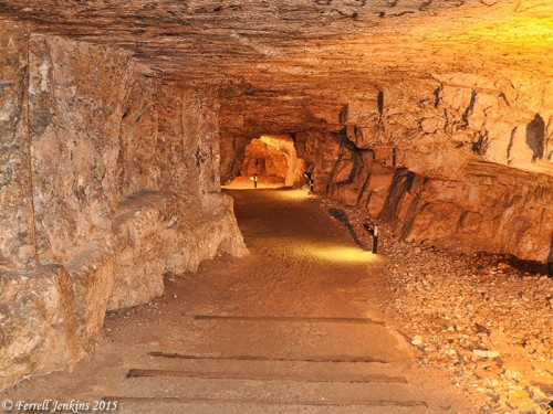 Corridor leading south from the entry of Solomon's Quarries. Photo by Ferrell Jenkins.