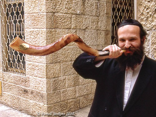 Shofar being sounded in the Jewish Quarter, Jerusalem, in 1993. Photo by Ferrell Jenkins.