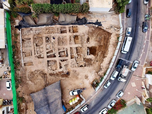 An aerial photograph of the excavation. Photographic credit: Guy Fitoussi, courtesy of the Israel Antiquities Authority.