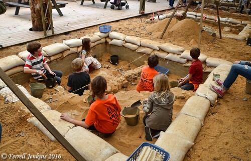 Kids learning about archaeology at the Biblical History Center.