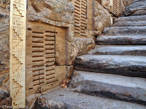 Nile-o-meter and steps on Elephantine Island at Aswan, Egypt. Photo by Ferrell Jenkins.