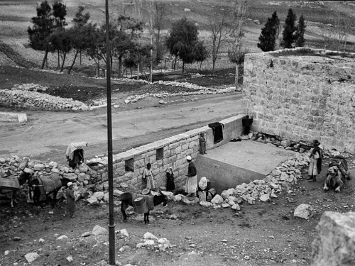 Ein el-Dirweh, Philips Fountain at it looked between 1934 and 1939. Matson Photographic Collection now in the Library of Congress.