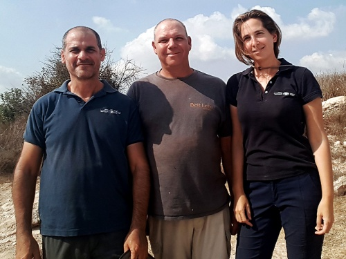 The excavation directors (from right to left): Dr. Oren Gutfeld, Michal Haber, and Pablo Betzer (photo: Israel Antiquities Authority)