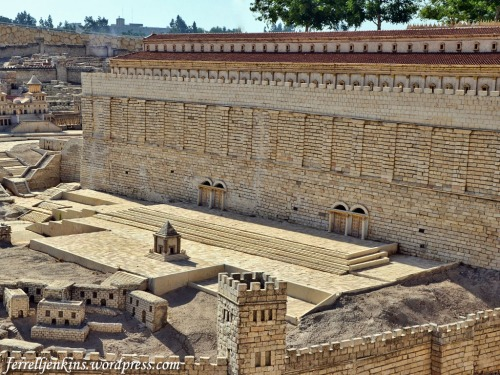 This photo of the second temple model at the Israel Museum shows the south side of the temple precinct. We see gates that led to the temple. Photo by Ferrell Jenkins.