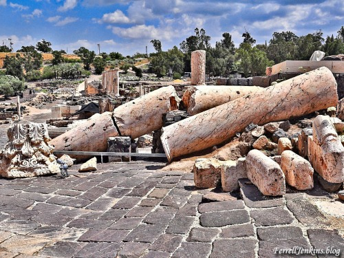 Earthquake damage at Beth-shean in the Jordan Valley. FerrellJenkins.blog.