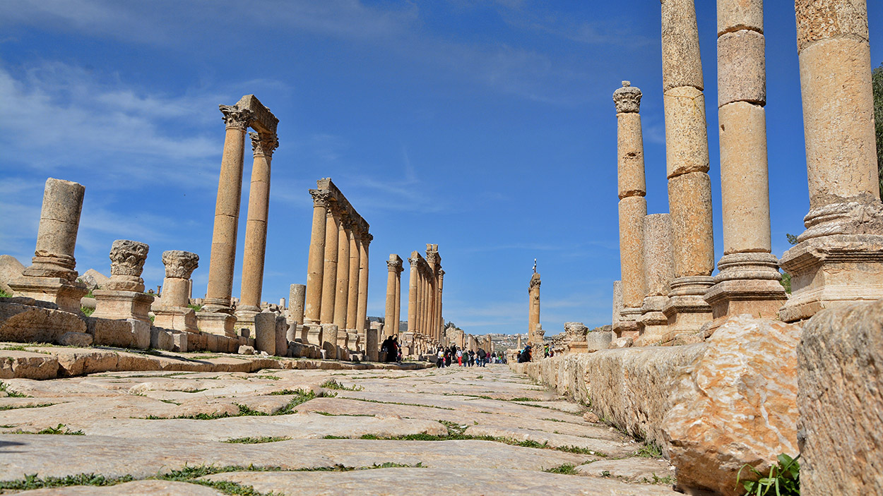 Cardo from Roman city Jerash, Jordan. Photo: ferrelljenkins.blog.